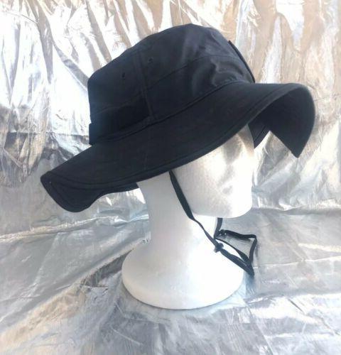 NEW / RL Lewis . Men's Black & Hat .